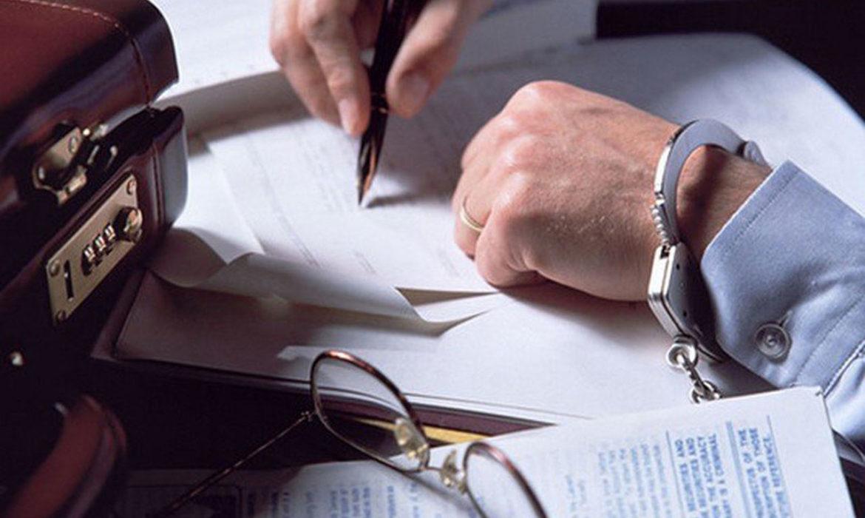 Уголовная и административная ответственность руководителя за неуплату налогов